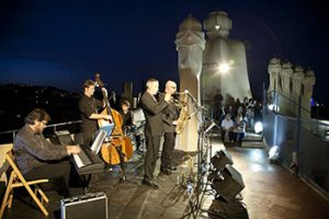 band playing jazz at the rooftop of la pedrera house in barcelona